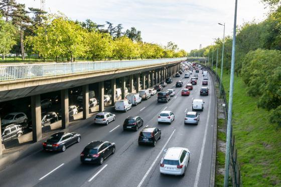 voiture à Paris
